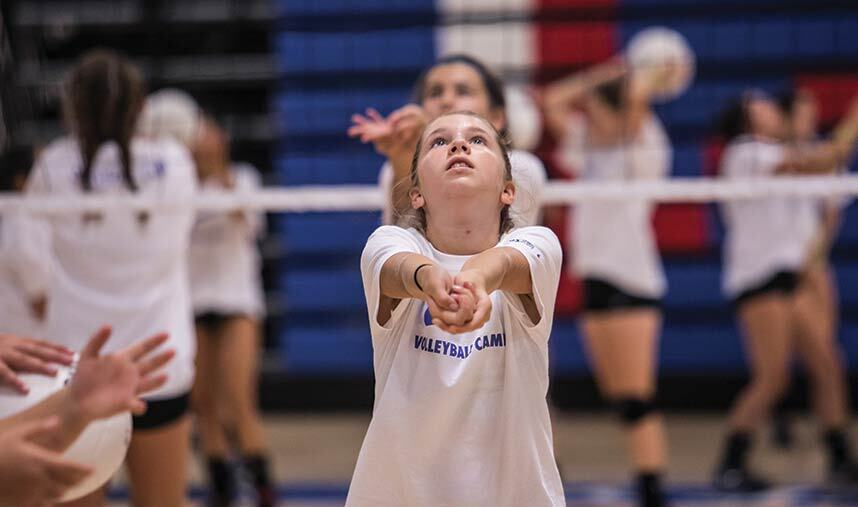 Things to consider before choosing the best volleyball camp for your kids